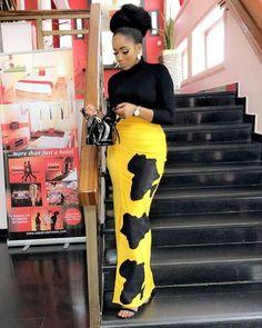 latest african fashion look 887 African Fashion Designers, African Fashion Ankara, Latest African Fashion Dresses, African Print Fashion, Africa Fashion, Ankara Skirt And Blouse, Ankara Dress Styles, African Attire, African Wear