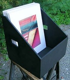 16x20 Display Bin. good website resource for all art shows/convention table planning