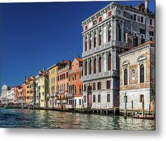 Thanks to their varied decoration and colors, the facades of these buildings are responsible for making the Venice urban landscape so unique, rich and varied. Click on the picture for more info ! #wallart #walldecor #wallartdecor #wall_art #print #prints #artprints #homedecor