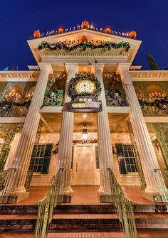 Tips for taking great photos at night in the Disney Parks!