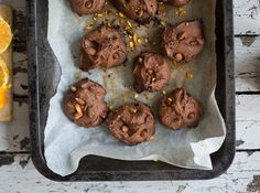 Chocolate, orange and almond cookies - Madeleine Shaw Gluten Free Cookie Recipes, Gluten Free Cookies, Yummy Treats, Sweet Treats, Madeleine Shaw, Almond Cookies, Chocolate Orange, Coconut Sugar, Christmas Baking