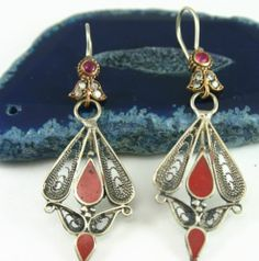 Visit us @ http://sparkleandshinejewellers.com form more original pieces. Like our Facebook page for featured items like us @ www.facebook.com/shopping.sparkleandshine ((AFGHAN)) KUCHI TRIBE ETHNIC TRADITIONAL ALPACA EARRINGS