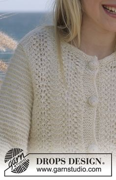 Drops Jacket inAlpaca with ¾-length sleeves, wave pattern and crochet buttons Free pattern by DROPS Design. Baby Knitting Patterns, Baby Patterns, Free Knitting, Drops Design, Crochet Buttons, Knit Crochet, Alpacas, Wave Pattern, Girls Wear