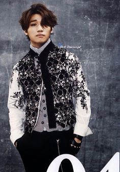 DAESUNG'S 'D'SLOVE' JAPANESE ALBUM PHOTO BOOK