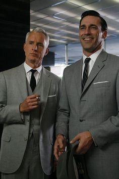 """John Slattery (as Roger Sterling) and Jon Hamm as """"Don"""" Draper in """"Mad Men"""" (TV Series) Mad Men Fashion, Mens Fashion Suits, Mens Suits, Grey Suits, John Slattery, Mad Men Mode, Costume Gris, Men Tv, Jon Hamm"""