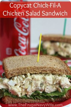 Copycat Chick-Fil-A Chicken Salad Sandwich, this simple and easy Copycat recipe is great when you can't make it out to grab this yummy sandwich! Copycat Chick-Fil-A Chicken Salad Sandwich Stephanie Manley copykatrecipes Copycat Restaurant Recipes C Cat Recipes, Cooking Recipes, Healthy Recipes, Healthy Options, Pizza Recipes, Sandwich Recipes, Sandwich Ideas, Healthy Salads, Delicious Recipes