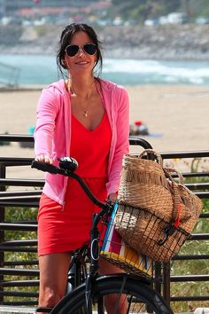 Celebrity Bike Style: Courtney Cox