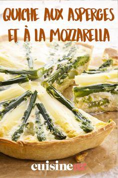 La quiche aux asperges et à la mozzarella est une recette de pâtisserie salée gourmande et équilibrée. #recette #cuisine #quiche #patisseriesalee #asperge #mozzarella