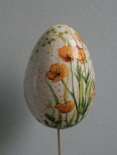 Decoupage eggs for Easter