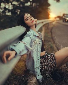 You May Enjoy photography poses By Using These Useful Tips Portrait Photography Poses, Fashion Photography Poses, Tumblr Photography, Photography Women, Photography Tips, Travel Photography, Flower Photography, Landscape Photography, Photography Tutorials