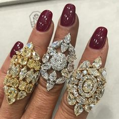 It's a pleasure to see @ethomaria at the @alfardanjewelry pavilion ! ❤️#doha #djwe #alfardanjewelry #cdxafj #ethomaria #diamonds #luxuryjewelleryevents #djwe2017
