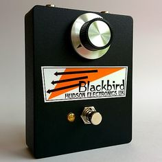 The Hudson Electronics UK Blackbird Fuzz is a 100% analog nasty, wild, octave fuzz. It's lineage lies with the 70's Japanese fuzz pedals from Shin-ei and Ibanez. The Blackbird has been tweaked to push the mids, but with enough low end to mesh with bass as well as guitar. Loud and aggressive, it's perfect for glitchy leads, scuzzy blues riffs, through to psychedelic and fuzzy freak-outs. The Blackbird uses the same analog octave generation method as many classic octave fuzzes from the