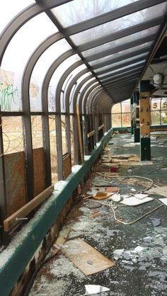 Former dining atrium