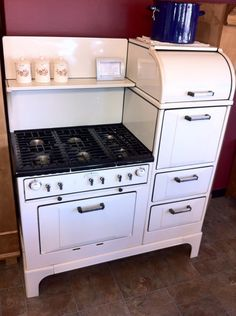 1930s Wedgewood Range ~ Six burners, Two full size ovens, Warmer, Broiler, Bread cabinet, Lifting cook-topReliance Appliance  ~ vintage kitchen, stove/oven, homemaker, housewife