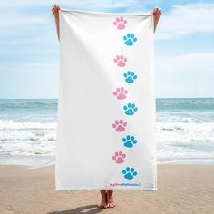 Give your bathroom a vibrant look and wrap yourself up with this super soft and cozy Paw-towel. Paws Shirt, Dog Mom Shirt, Mom Shirts, Chihuahua Love, Dachshund Love, Dog Mom Gifts, Dog Lover Gifts, Create Shirts, Dog Wear