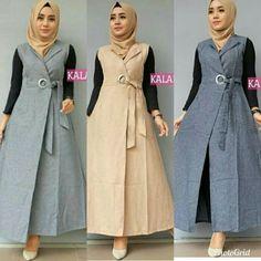 very nihyjsee see ce ! Abaya Fashion, Modest Fashion, Fashion Dresses, Muslim Women Fashion, Islamic Fashion, Hijab Style, Hijab Chic, Muslim Long Dress, Modele Hijab
