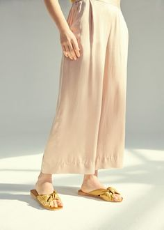 Cropped silk trouser