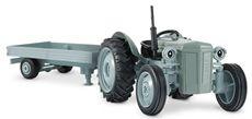 Gråtass traktor med henger 1:32