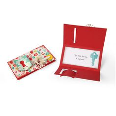 Sizzix Thinlits Dies Card with Folding Closure