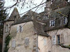 Château de Fargues►►http://www.frenchchateau.net/chateaux-of-auvergne/chateau-de-fargues.html?i=p