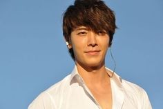 sexy smile donghae