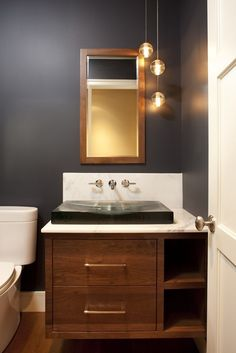 dark bathroom wall paint