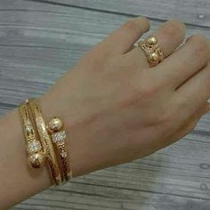 Where Sell Gold Jewelry Gold Ring Designs, Gold Bangles Design, Gold Jewellery Design, Gold Jewelry, Fine Jewelry, Designer Bangles, Imitation Jewelry, Jewelry Patterns, Jewelry Ideas