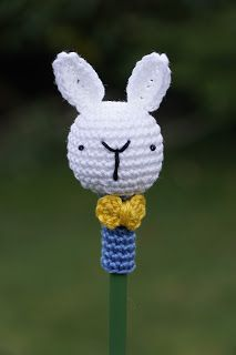 Pencil topper - Link to pattern on the blog
