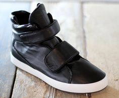 Hussein Chalayan For Puma FW10 | Double Select: Footwear news, release dates, luxury sneakers, limited edition sneakers, Japanese Sneakers