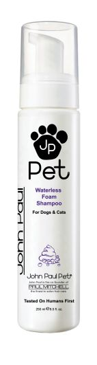For dogs that have an aversion to water, this thick, luxurious foam was created to penetrate, deep clean and deodorize coats while gently soothing skin.