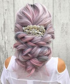 Now, colored hairstyles for wedding days are a thing. Here are stunning colored wedding hairstyles ideas that will bring every bride to another level of glamour! Hairstyle For Wedding Day, Wedding Hairstyles, Headband Hairstyles, Pretty Hairstyles, Glamour, Pastel Hair, Grunge Hair, Clip In Hair Extensions, Wedding Hair Accessories