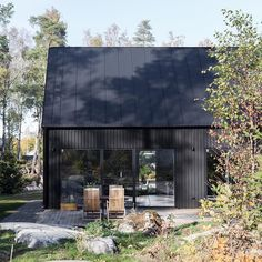 Архитектура: Anders Holmberg Architects - Decoration For Home Black House Exterior, Interior Exterior, Exterior Design, House In The Woods, My House, Modern Barn House, Shed Homes, Architect House, Deco Design
