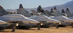20 Amazing Pictures of the Aircraft Boneyard in Tuscon Arizona