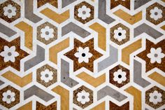 Indian Geometry seen in Agra :: December 2010 India Pattern, Indian Garden, 2017 Wallpaper, Home Staging Tips, Marble Texture, Hexagon Shape, Decorative Tile, Agra, Geometric Designs