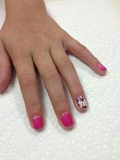 Minnie kids nail