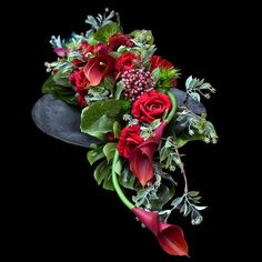 Grave Flowers, Funeral Flowers, Funeral Arrangements, Flower Arrangements, Arte Floral, Ikebana, Halloween Diy, Flower Designs, Diy And Crafts