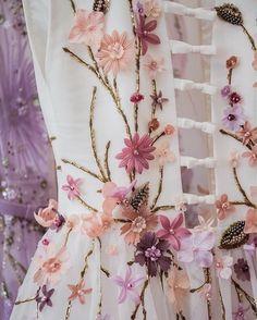 Pastel petals on lush green stems come to life on a field of white. 粉色花瓣與鬱鬱蔥蔥的綠莖在白絹上重生 #georgeshobeika #wedding #hkwedding #weddinghk #weddingdress #bridalgown #bride #bridetobe #fashion #bridalfashion #style #romance #inspiration #hongkong #hkig #instahk #婚紗 #新娘 #時裝 by brideandbreakfasthk