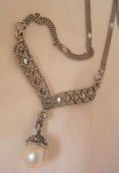 Vintage beautiful sterling marcasite simulated Pearl drop Necklace