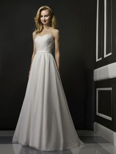 feminine wedding dress nashville genys bridal affordable robert bullock, @Geny's Bridal, #nashville, #nashvillewedding