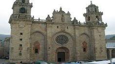 Resultado de imagen de catedrales San Salvador, Gaudi, Bilbao, Juan Xxiii, Parc National, Notre Dame, Barcelona Cathedral, Building, Travel