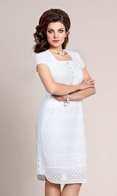 Платья для полных модниц белорусской компании Vittoria Queen, весна-лето 2017 Lace Dress, White Dress, Dress Suits, Classy Dress, Beautiful Dresses, My Style, Womens Fashion, Couture, How To Wear