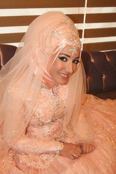 brides around the world - muslim Wedding Abaya, Hijabi Wedding, Muslimah Wedding Dress, Arab Wedding, Wedding Gowns, Beautiful Hijab, Beautiful Bride, Bridal Dresses 2015, Bridle Dress