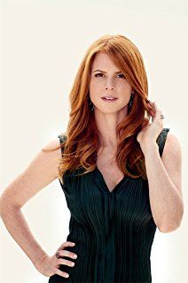 Sarah Rafferty, Redheads Freckles, Red Hair Woman, Scarlett, Girls With Red Hair, Natural Redhead, Gorgeous Redhead, Hottest Redheads, Redhead Girl