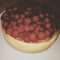 My very first ever diabetic friendly sugar cookie cherry cheesecake from scratch! So proud of myself! #herestogoodfriends #cheesecake #diabeticfriendly #diabetesawareness #friends #family #texasgirl #countrygirl #food #yummy #firstone #homemade #love #loveit #recipes #bakinglife #happy by courtcthompson