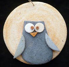 Kikilapoule Ceramiche Artistiche How To Make Ceramic, Emoji Images, Terracotta, Hobbies, Owl, Pasta, Pottery, Clay, Craft Ideas