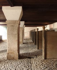 The stables at the Correio-mor, an exercise in minimalism and texture.