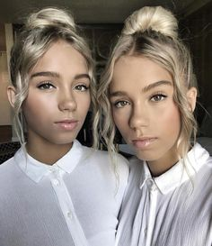 Lisa and Lena Teen Choice Awards makeup Boy Best Friend Pictures, Besties, Lisa Or Lena, Save From Instagram, Teen Choice Awards, Pretty People, Girly Things, My Hair, Youtubers