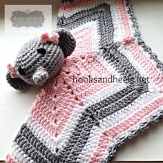 Ravelry: Chevron Elephant Lovey pattern by Regina S. Crochet Security Blanket, Crochet Lovey, Crochet Stars, Baby Blanket Crochet, Free Crochet, Crochet Blankets, Crochet Elephant Pattern, Crochet Blanket Patterns, Giraffe Pattern