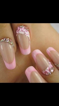 Flower and shine Nailart..