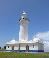 The Macquarie L#ighthouse at Vaucluse was built in 1818 and is #Australia's oldest lighthouse. You can explore the insides of this lighthouse if you join their guided tour! - http://dennisharper.lnf.com/